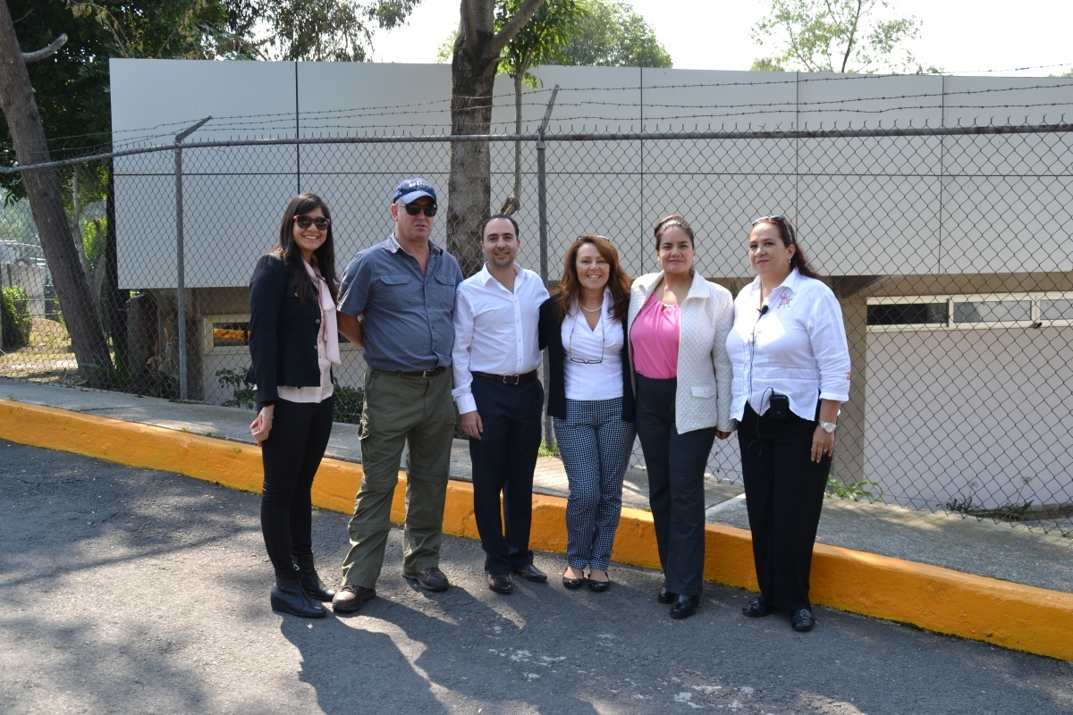 Fran and David meeting the team in Mexico for the mobile flood demonstration